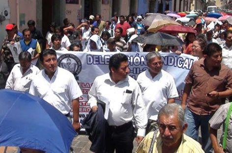 Severo caos vial por marchas y bloqueos; obstruyen Cerro de El Fortín