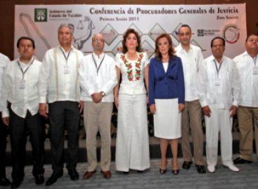 Procuradores discuten sobre delitos electorales ante elecciones del 2012, participa el de Oaxaca