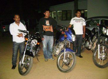 Aprehende a ladrones de motocicletas