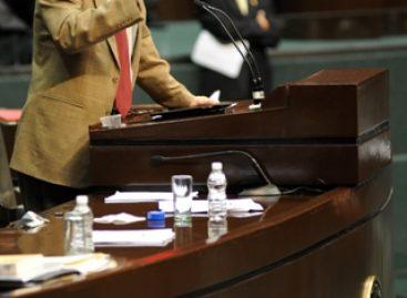 Sin responder PRI a proyecto para dictaminar Ley de Seguridad Nacional: Corral
