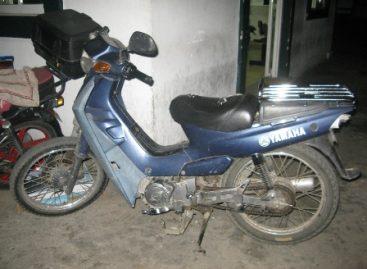 Huían llevando moto sin placas, actuaban de manera sospechosa al norte de la ciudad