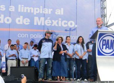 Dan cuatro secretarios espaldarazo a campaña de Bravo Mena; Encinas firma pacto por la educación en Edomex