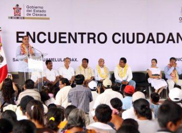 Firma Cué convenios con autoridades Istmeñas y encabeza Sexta Audiencia Pública, en Salina Cruz