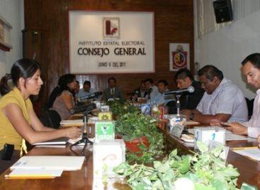 Sesiona Instituto electoral sobre elecciones en Santiago Choapam y San Juan Mixtepec