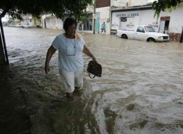 Reportan dos muertos por derrumbe de vivienda; llama Protección Civil a extremar precauciones por lluvias