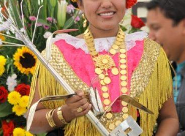 Electa Zaira Gabriela Hernández Espinoza de Tehuantepec como Diosa Centéotl 2011