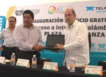 Signa Ayuntamiento capitalino convenio con Telmex para internet gratuito en la Plaza de la Danza
