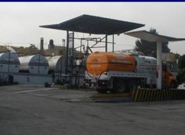 La PF requisa 25 mil litros de combustible de alta calidad, en el mercado negro
