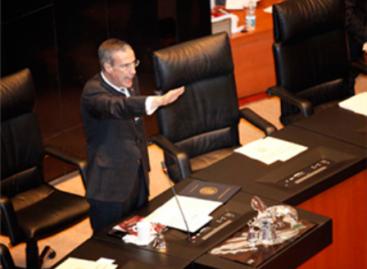 José González Morfín, nuevo presidente del Senado; termina periodo de Beltrones