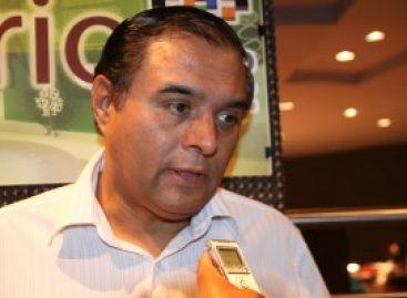 VERDUGUILLO / Acusan a Benjamín Robles Montoya de proteger a munícipe de Colotepec para saquear las arcas
