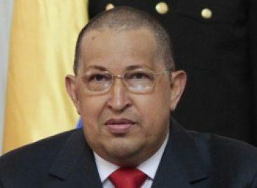 Hugo Chávez presenta nuevo look, por tratamiento contra cáncer