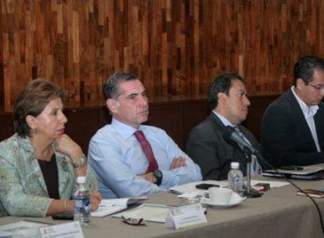Llama Gabino Cué al Gabinete a redoblar esfuerzos para cambiar el rostro de Oaxaca