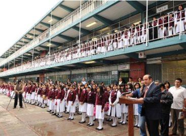 Inaugura edil capitalino ciclo escolar 2011-2012 en secundarias técnicas de Oaxaca