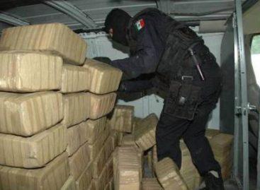 Aseguran más de cinco toneladas de mariguana y armas en Sonora y Sinaloa