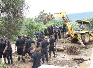 Desborda Río Atoyac, cerca de 80 casas afectadas; suspendido tráfico vial en la carretera Oaxaca-Tuxtepec