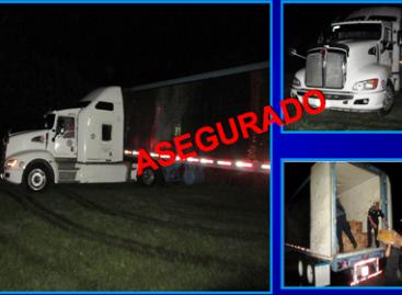 Detecta 143 paquetes con coca en camión de plátanos, PF
