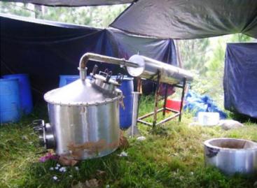 Ejército localiza laboratorio con droga en Tamazula de Gordiano, Jalisco