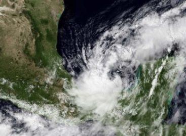 Sesionan autoridades de protección civil por tormenta tropical Nate