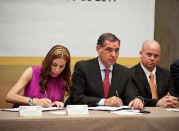 Suma México ahorro de 200 mmdd en el Banco de México: Velasco Ramos