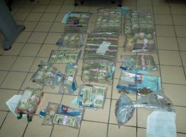 Aseguran más de 900 mil dólares americanos en la Garita Internacional de Otay, Tijuana, BC
