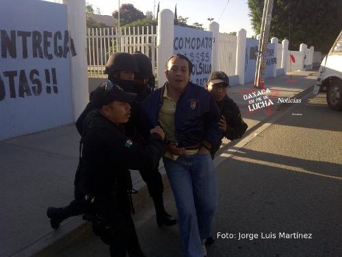 STAUO represión 24 oct 2011
