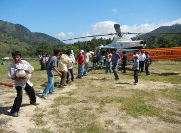 """Mantienen """"puente aéreo"""" en los límites Chiapas y Oaxaca para asistir a chiapanecos"""
