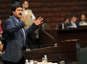 Intenta PRI desvirtuar posición del PAN sobre reelección legislativa: Corral Jurado