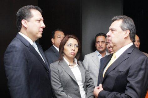 Comparece el gobernador de Guerrero, Aguirre Rivero ante la CNDH