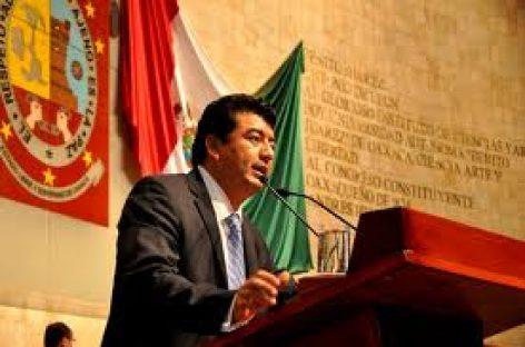Presupuesto 2012, aprobado en plena autonomía de poderes: Juan Mendoza