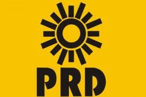 Presenta PRD precandidatos al Senado y diputados federales, denuncian a Robles Montoya del uso de aviones del gobierno