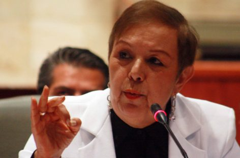 VERDUGUILLO / La  Contralora del Gobierno del Cambio en Oaxaca, Perla Marisela Woolrich tiene al enemigo en casa