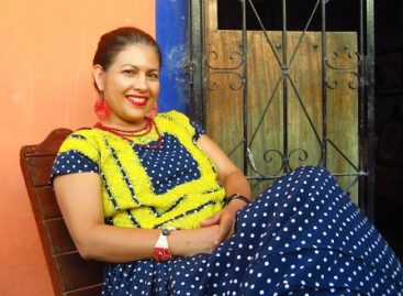 PGR detiene Lucila Bettina Cruz Velázquez defensora de derechos humanos,  en  Xadani, Oaxaca