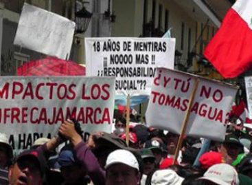 Marchistas por el agua llegan a Lima Perú, demandan preserva el agua y contra mineras