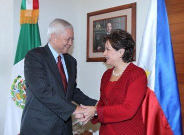 La Secretaria Patricia Espinosa sostuvo una reunión de trabajo con el Canciller de Filipinas