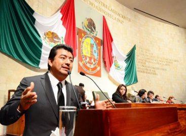 Compromiso irrenunciable de legislar para protección a periodistas