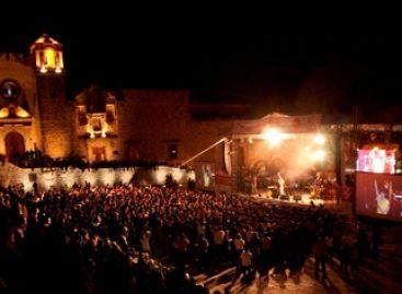 Mayo en Oaxaca coloca en alto el papel de la mujer en el arte