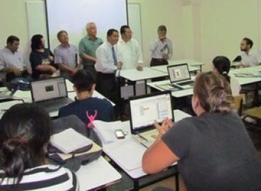 La universidad vive y se debe a los alumnos: Martínez Helmes