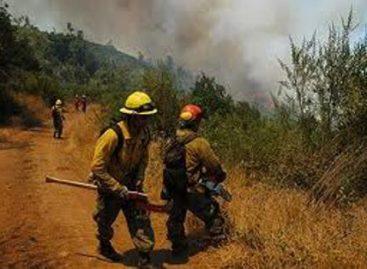 Apoya Policía Estatal en combate de incendios en San Juan Mixtepec y Zaniza