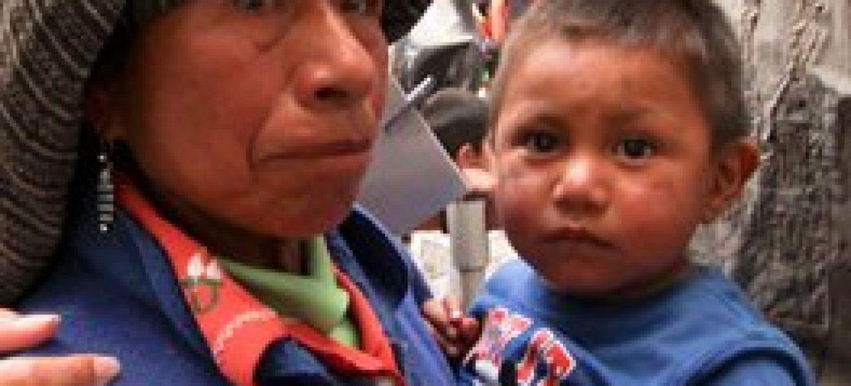 Felicita el Gobernador Gabino Cué a madres oaxaqueñas