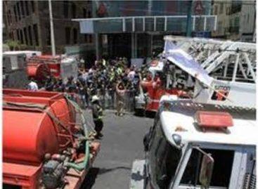 """Deja una persona con quemaduras y daños materiales incendio en """"Torre Decus"""" en Santa Fe, en el DF"""