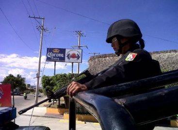 Cinco detenidos y dos vehículos recuperados por la PE