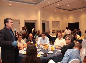 A la actividad política hay que darle sabor y sazón: Carrasco Altamirano