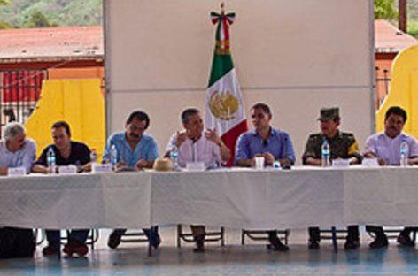 """Inician Sedesol y Gobierno de Oaxaca Programa de Empleo Temporal en la Costa dañada por huracán """"Carlotta"""""""