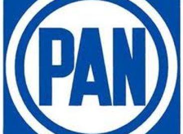 Declina candidato del PAN a presidencia de Neza Edomex a favor del candidato perredista, Juan Hernández