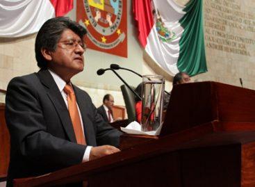 Propone Neri que el Ejecutivo presente el paquete fiscal el 25 de noviembre
