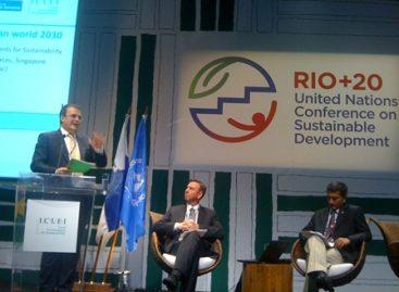Participa Ebrard en conferencias de  Río + 20