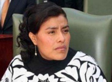 Con láminas y cemento se compran conciencias en el PAN de Oaxaca: Eufrosina Cruz Mendoza