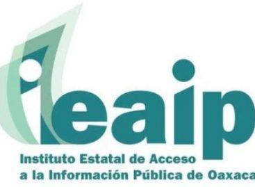 Perla Gómez y Ernesto Villanueva, conferencia sobre Acceso a la Información Pública