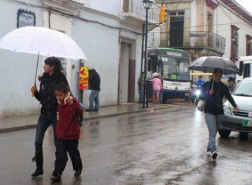 Servicios médicos auxiliarán a población en temporadas de lluvias