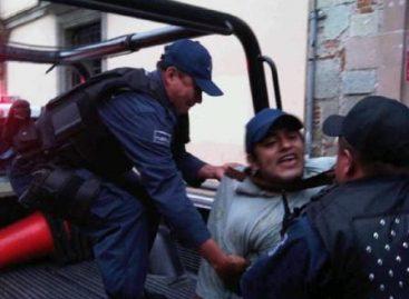 """Acusado David Venegas """"El Alebrije"""" de daños y robo a terceros; confirman detención de 15 personas en marcha de protesta"""